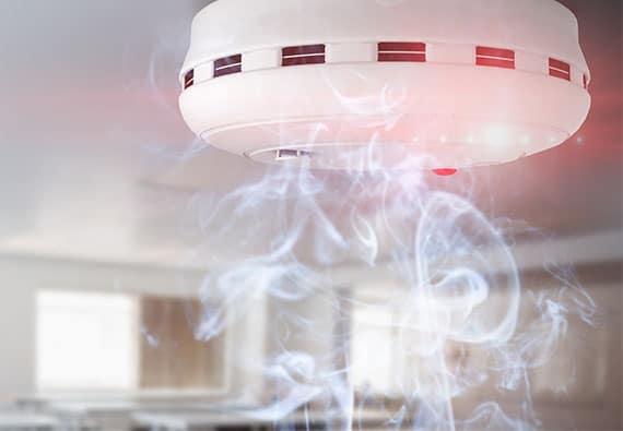 la-référence-pour-installer-et-entretenir-un-détecteur-de-fumée
